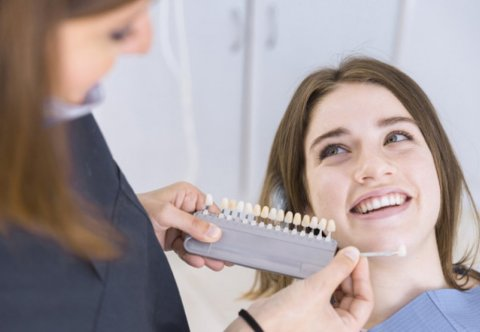 Stomatologia estetyczna - nowoczesne systemy wybielania zębów, procedura zabiegu - warsztaty